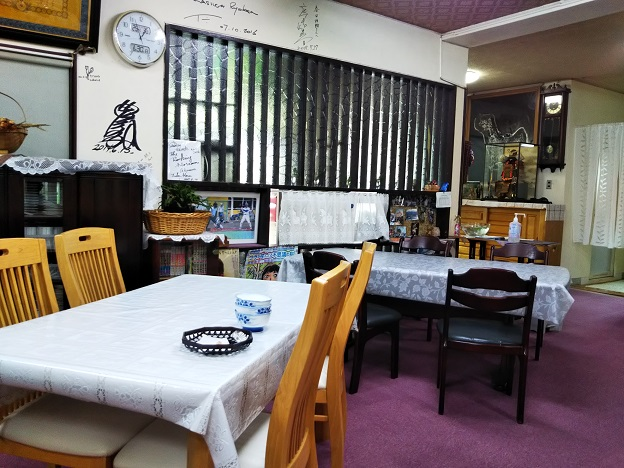 春日旅館食堂