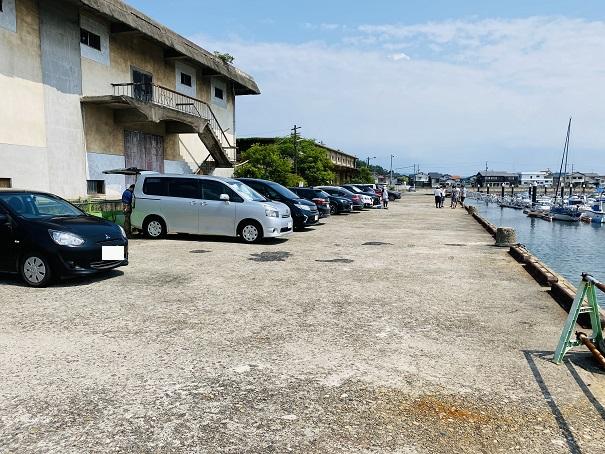 からこと丸琴浦港駐車場