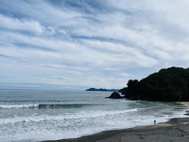 内妻海岸サーフィン