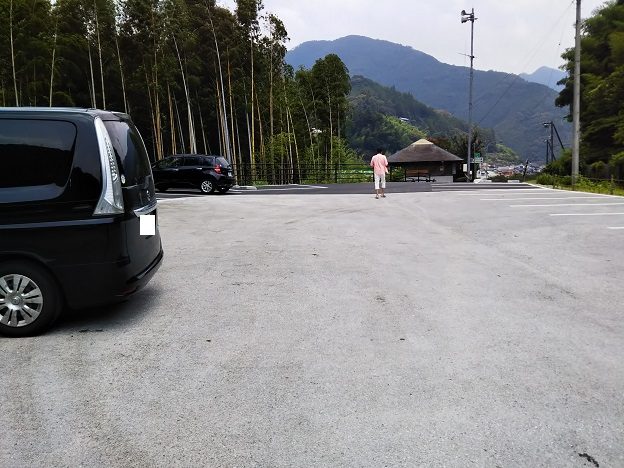 オートキャンプ場 駐車場