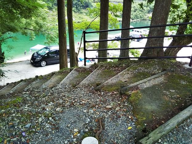 木どり家奥階段