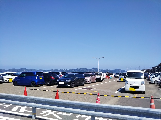 高浜港駐車場