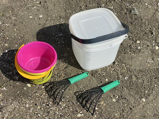 あさりの潮干狩りの道具