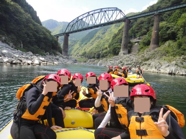 吉野川をラフボートで下る
