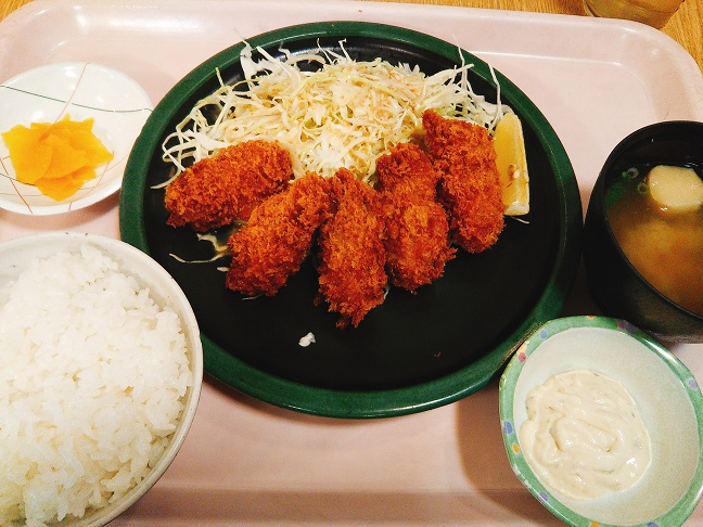 ネイチャーガーデン カキフライ定食