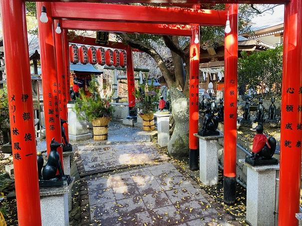 稲荷社参道田村神社
