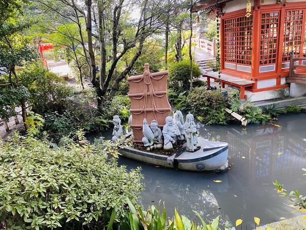 船に乗った七福神田村神社