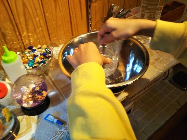 スノードーム作り 5