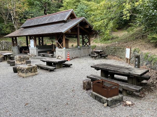 バーベキューハウス徳島県立神山森林公園イルローザの森