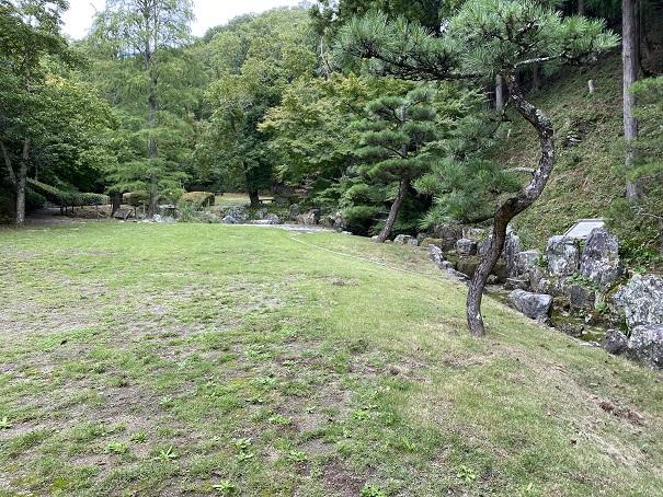泉の広場 徳島県立神山森林公園イルローザの森
