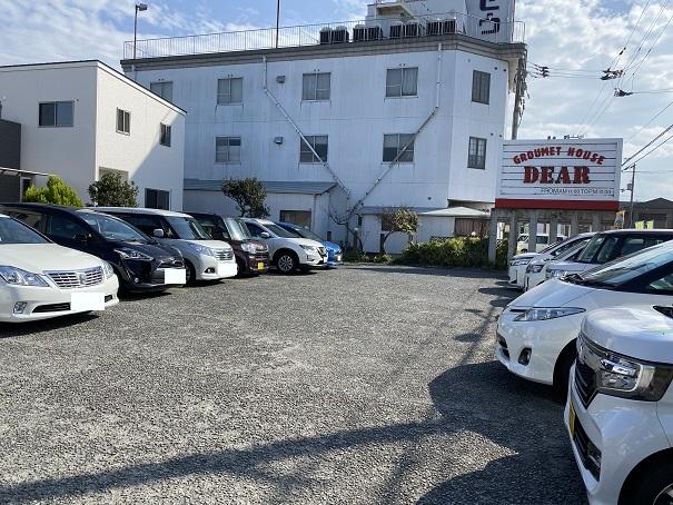 DEAR 原田本店駐車場