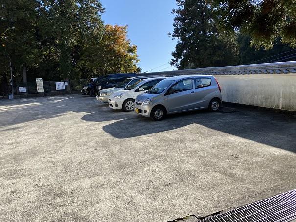 大窪寺併設駐車場