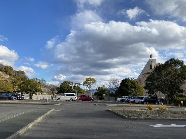 トレスタ白山アイスアリーナの駐車場