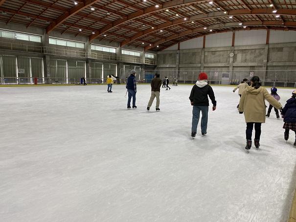 アイススケート場トレスタ白山アイスアリーナ