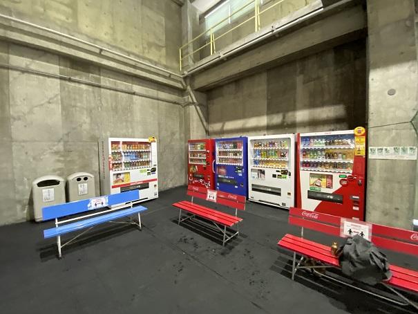 自動販売機トレスタ白山アイスアリーナ