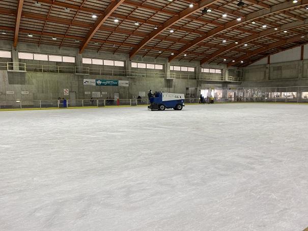 整氷作業トレスタ白山アイスアリーナ