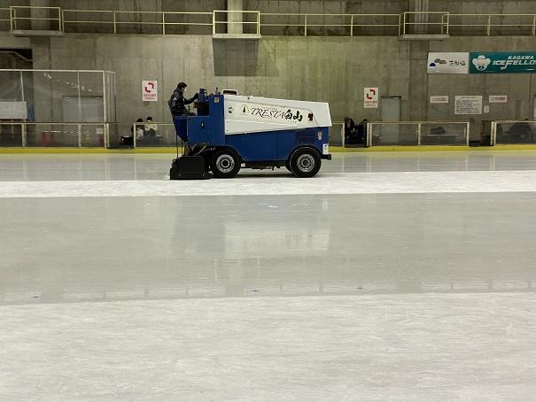 整氷作業車トレスタ白山アイスアリーナ