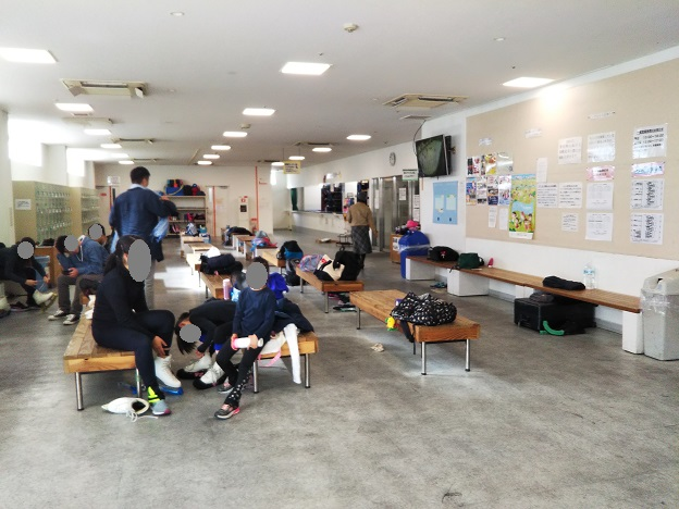 岡山国際スケートリンク 館内