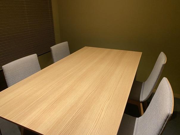 たけひろ テーブル席
