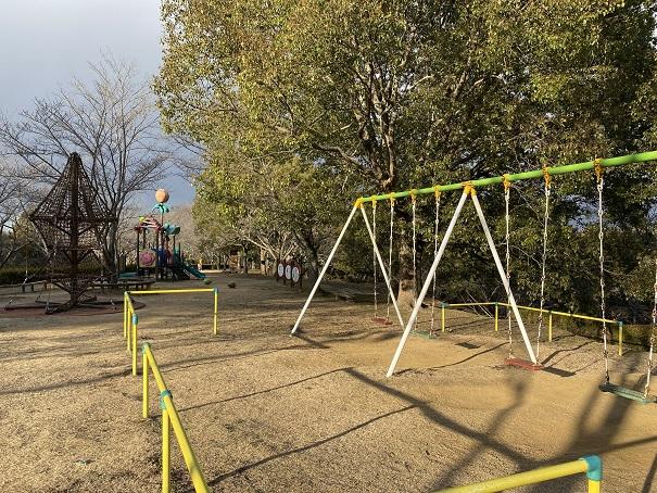 公渕森林公園 ちびっこ広場ブランコ