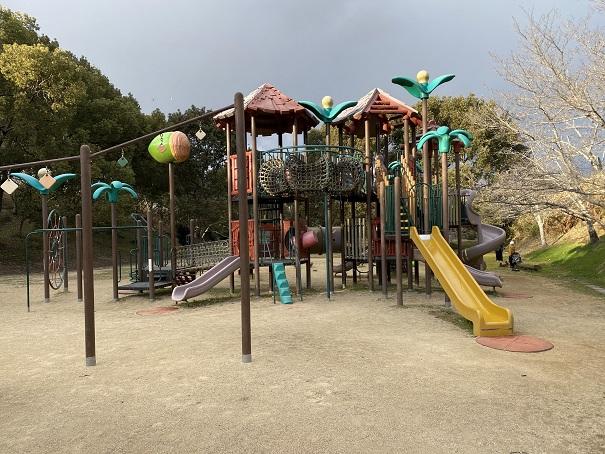 大きな滑り台公渕森林公園 ちびっこ広場