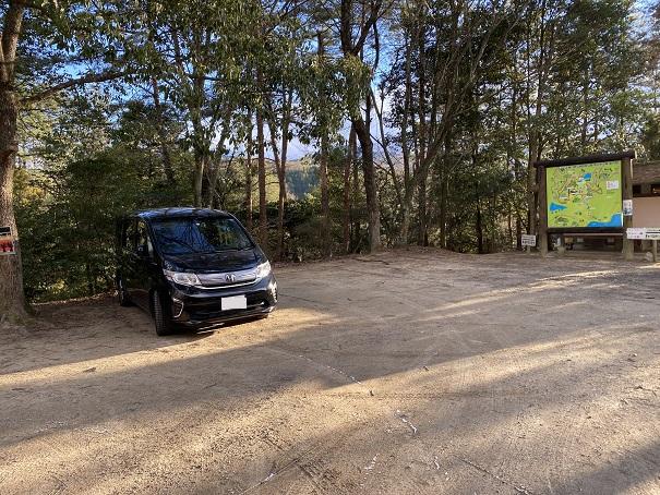 公渕森林公園アスレチック駐車場