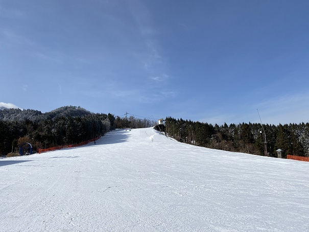 石鎚スキー場ピクニック園地スノーボード