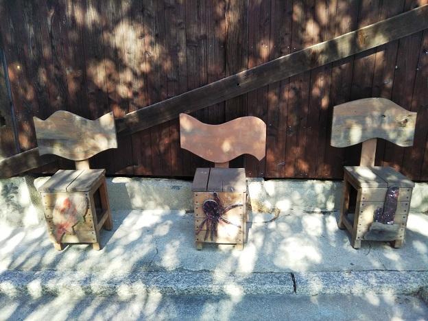 豊玉姫神社 椅子