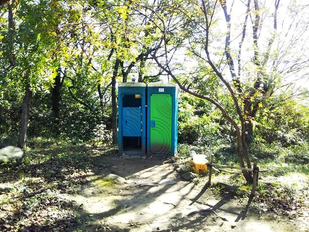 飯野山 山頂トイレ