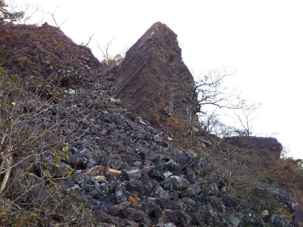 男木島 タンク岩