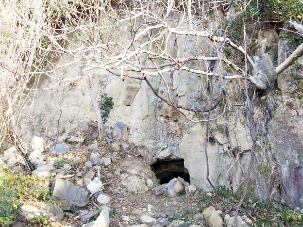 男木島 ジイの穴1