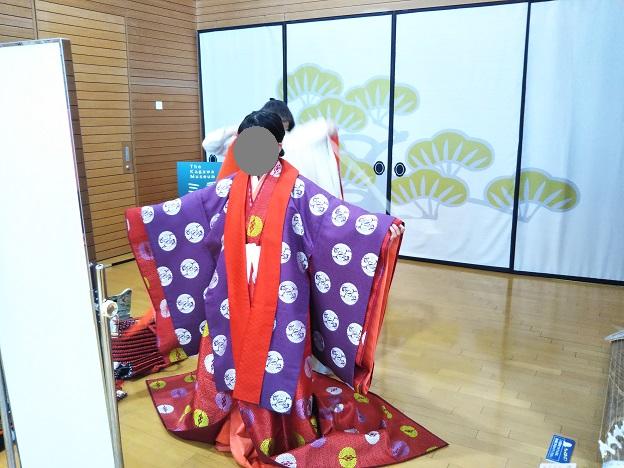 香川県立ミュージアム 十二単の着付け体験4