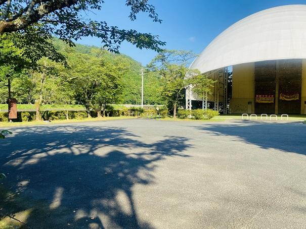 吉野運動公園駐車場