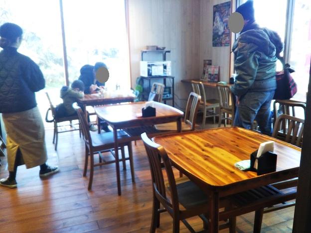 オアシス市場内 cafe