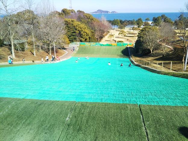 桜井総合公園 芝滑り