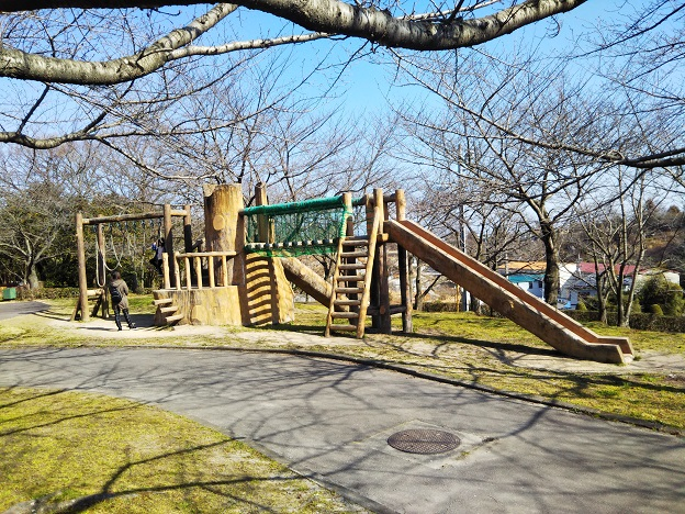 小松中央公園 チビッコ広場 遊具