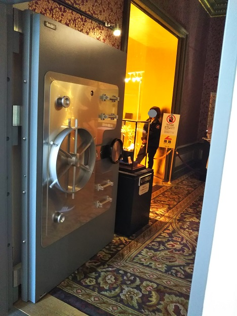 ハウステンボス 黄金の館 入口