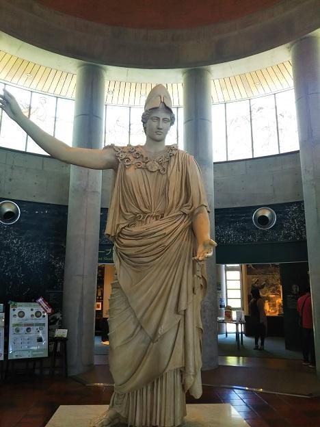 オリーブ記念館 オリーブの女神・アテナ像