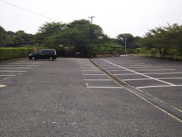 種松山公園西園地 駐車場