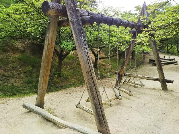 種松山公園西園地 冒険の森 空中ブランコ