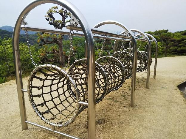 種松山公園西園地 冒険の森 ネットトンネル