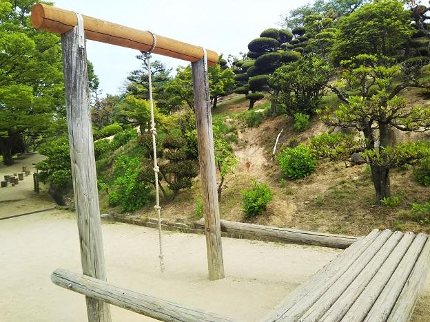 種松山公園西園地 冒険の森 ターザン