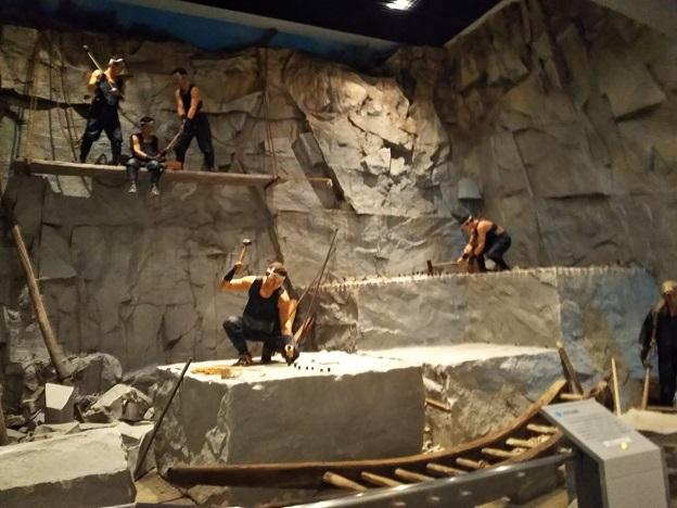 石の民俗資料館 展示3
