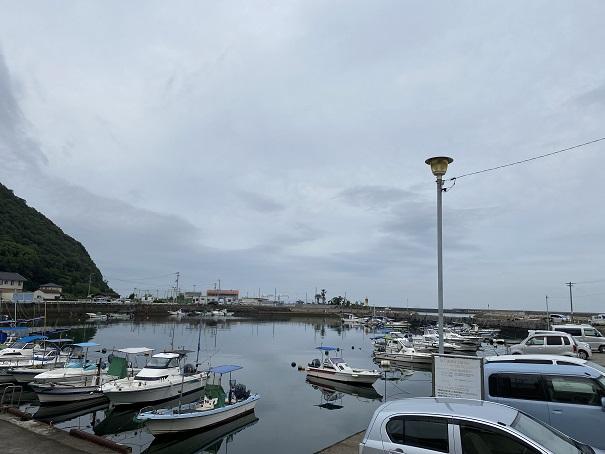 室本港の漁船