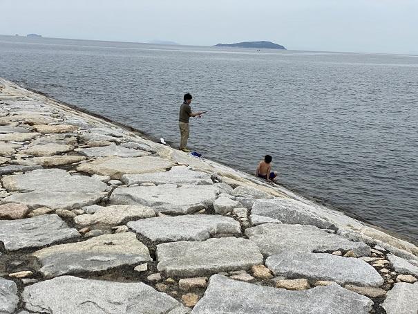一の宮海岸釣り人
