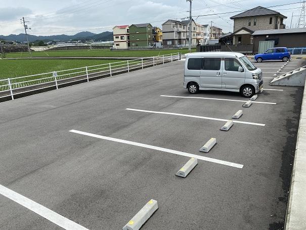 三木町保健センター駐車場