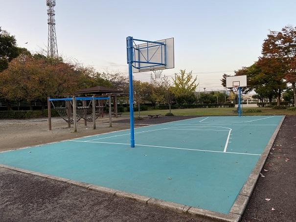 堀江公園バスケットコート