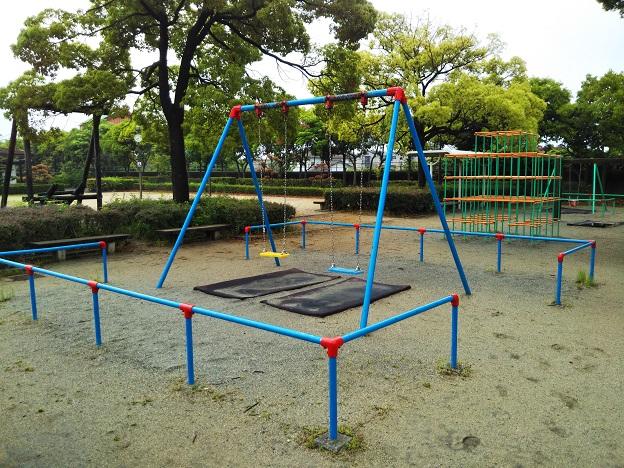 堀江公園ブランコ
