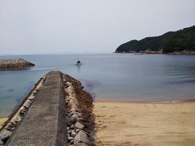 仁老浜海水浴場の防波堤