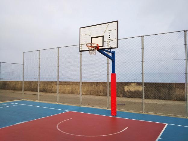 浜公園こども広場バスケットゴール